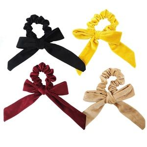 Accessories - Velvet Scrunchie